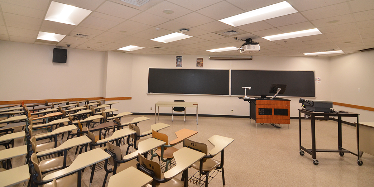 XtraLight-4-Benefits-LED-Lighting-Schools-Classroom